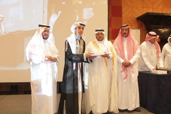 الأول والثاني في مسابقة القيم التربوية على مستوى أمارة مكة المكرمة