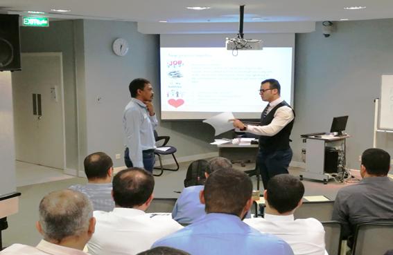 تدريس مهارة المحادثة باستعمال منهج ppp( presentation, practice , production )