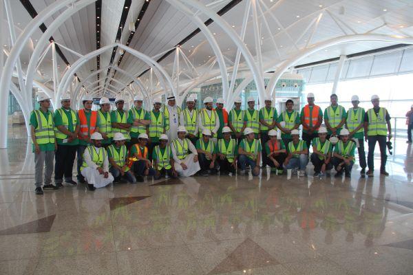 زيارة طلاب الأقصى لأعمال الإنشاء بالمطار الجديد